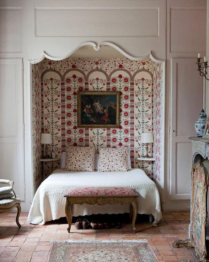 Фото №5 - Куда поставить кровать: 7 решений для спальни