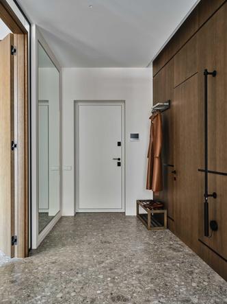 Фото №5 - «Манхэттенская» квартира с винтажной мебелью 136 м²