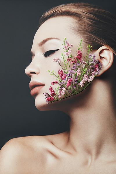 Фото №1 - Сезон аллергии: что делать, если цветение вызывает насморк