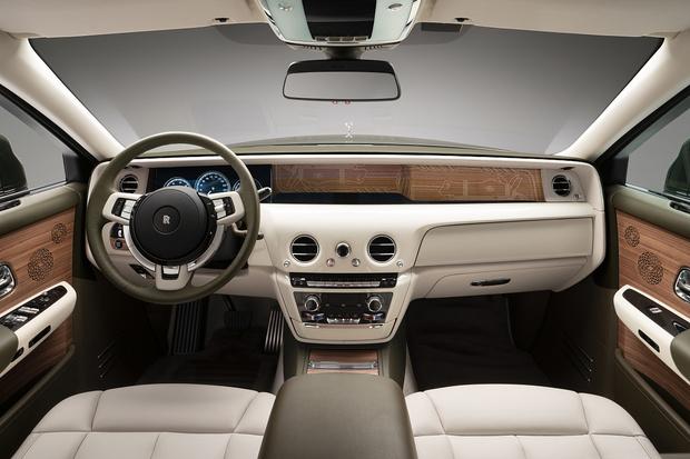 Фото №5 - Rolls-Royce представили автомобиль в коллаборации с Hermès
