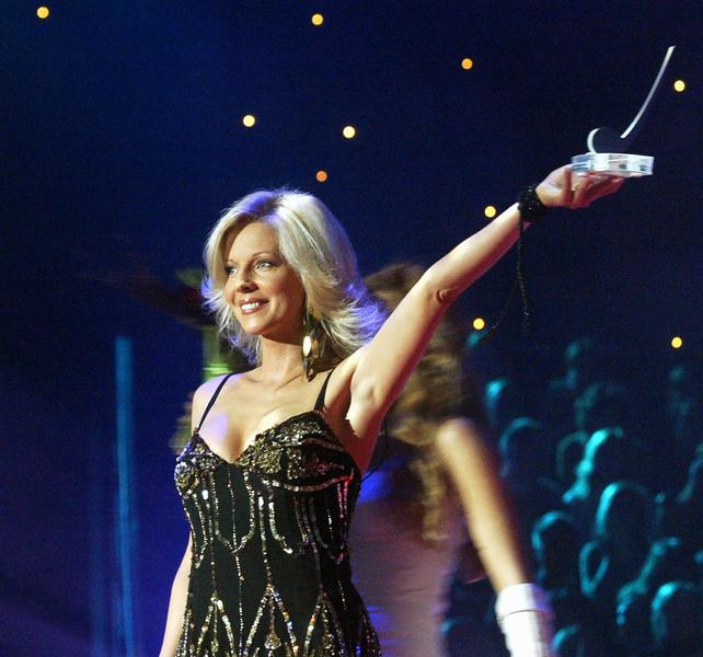Фото №4 - «Не сделаю ни себе, ни ребенку!»: отказ Ветлицкой от вакцинации оставил ее без концертов в России