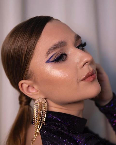 Фото №8 - 8 макияжей, которые подойдут к любому выпускному платью