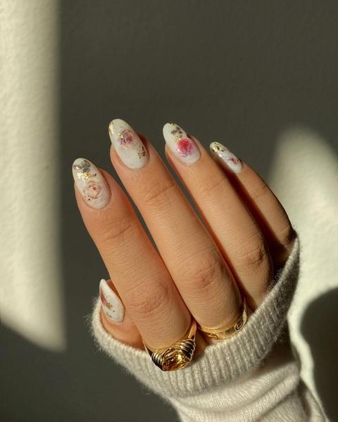 Фото №3 - Маникюр для длинных ногтей: 30 классных идей