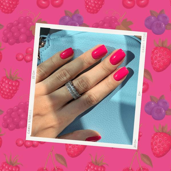 Фото №1 - Ягодный маникюр: самые сочные цвета для коротких и длинных ногтей