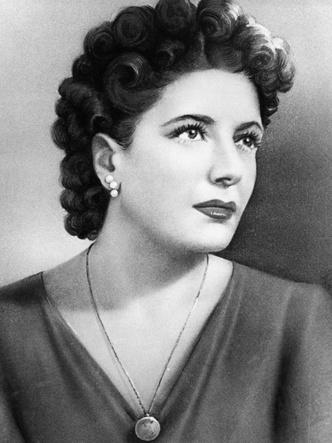 Фото №14 - Кровавые бриллианты, измены и расстрел: как сложились судьбы жен диктаторов XX века