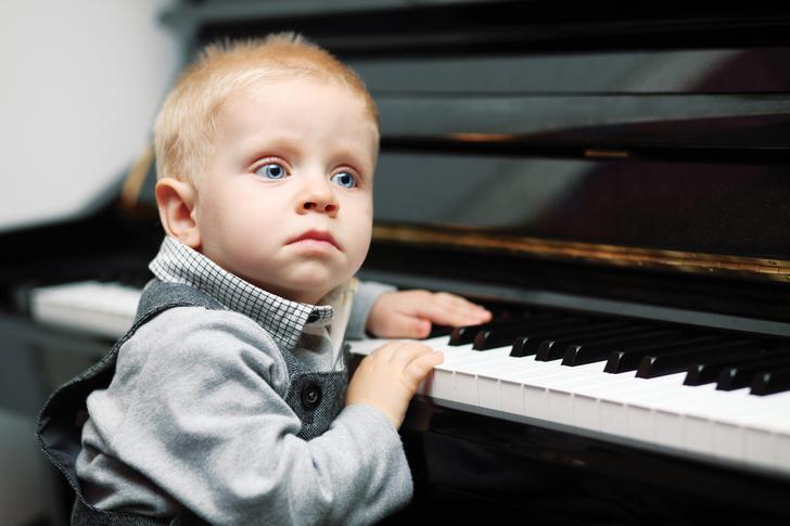 Фото №2 - Сколиоз и тугоухость: как еще занятия музыкой могут вредить ребенку