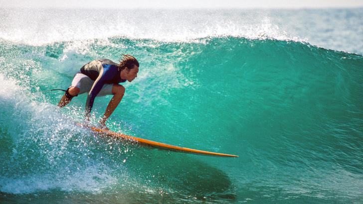 Фото №10 - Какие плавки надевать на пляж, а какие— в бассейн
