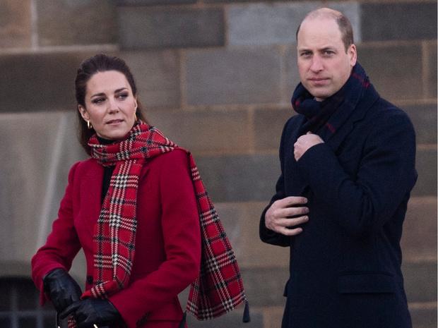 Фото №3 - По собственному желанию: Кейт и Уильям лишились еще одного сотрудника (без Сассекских не обошлось)