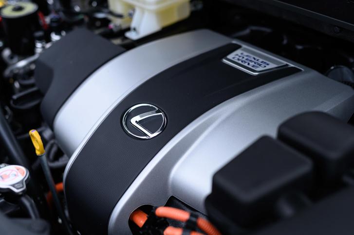 Фото №5 - 5 фишек Lexus RX, которые удивляют даже сейчас
