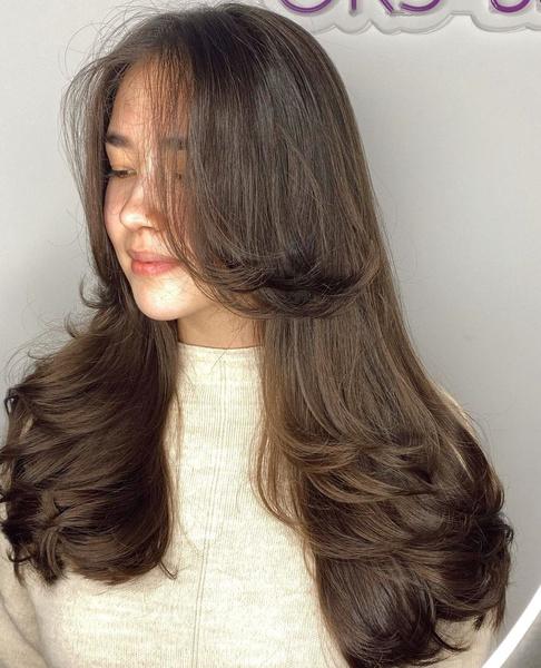 Фото №5 - Стрижка каскад: 10 модных вариантов на средние и длинные волосы