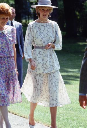 Фото №5 - 20 нарядов принцессы Дианы, которые актуальны и в наши дни