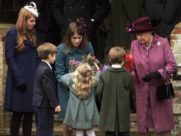 Фото №4 - Какую старинную традицию нарушила принцесса Беатрис (и при чем здесь Меган)