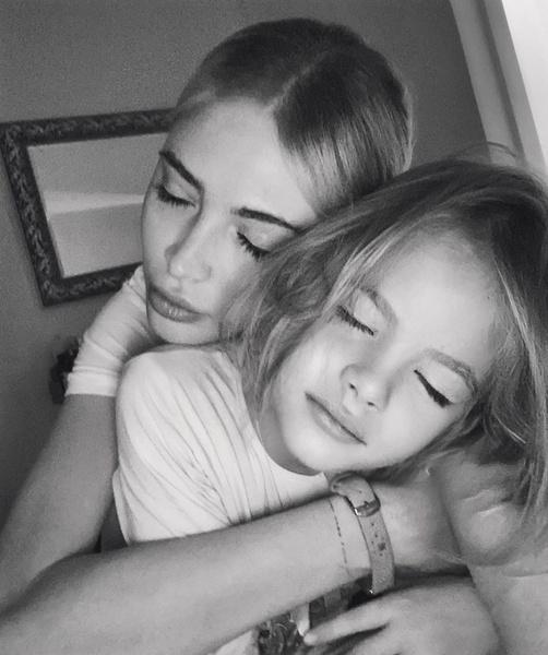 Фото №8 - Звездные дети: 10 самых трогательных фото недели