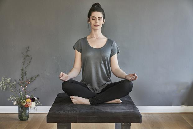 Фото №1 - Как правильно медитировать дома: пособие для начинающих
