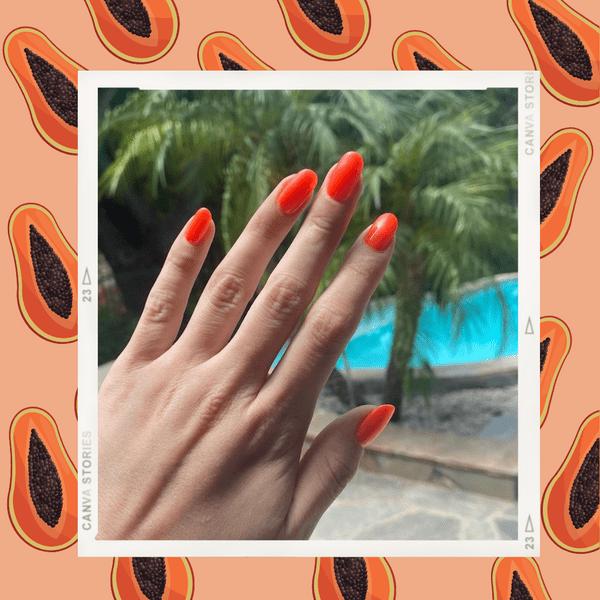 Фото №1 - Самый стильный маникюр на пляж: вдохновляемся неоновыми ногтями Селены Гомес