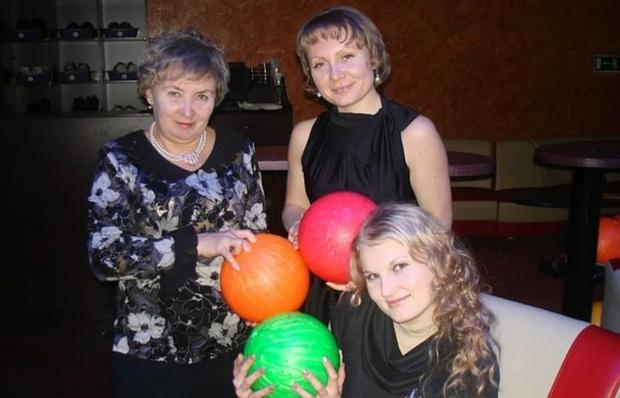 Фото №22 - 15 фото, которые докажут: дочки превращаются в копии своих мам