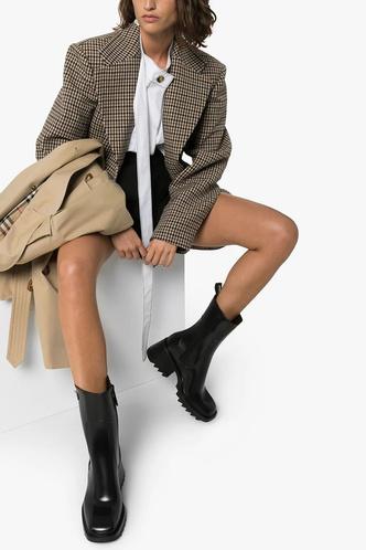 Фото №71 - Самые модные сапоги и ботильоны для осени и зимы 2021/22