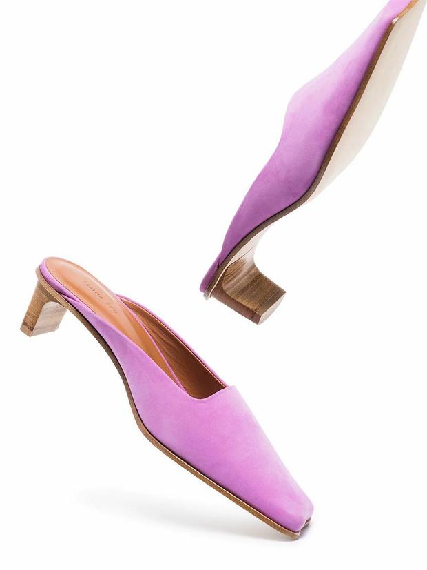 Фото №19 - Почему мюли— это обувь для мыслителей и где купить удачную пару?