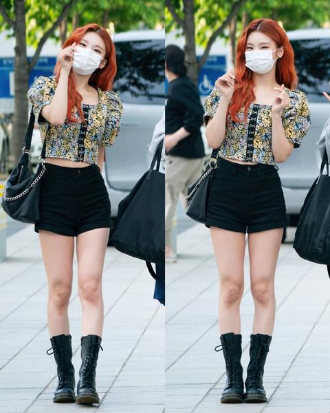 Фото №7 - Как одеться в стиле k-pop: повторяем стильные летние луки Йеджи из ITZY 😎