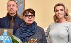 Валентин Юдашкин провел образцовый светский показ