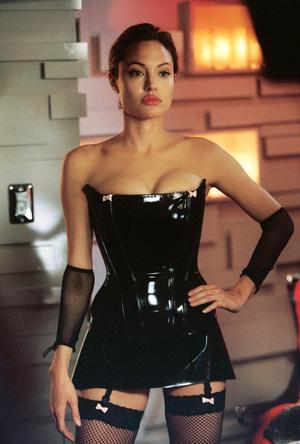 Фото №13 - Бойцовский клуб: за что на самом деле Анджелина Джоли намерена уничтожить Брэда Питта