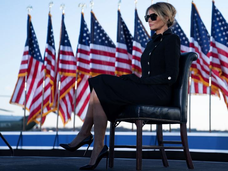 Фото №3 - Обратная трансформация: как Мелания Трамп за один день превратилась из Первой леди в жену миллиардера
