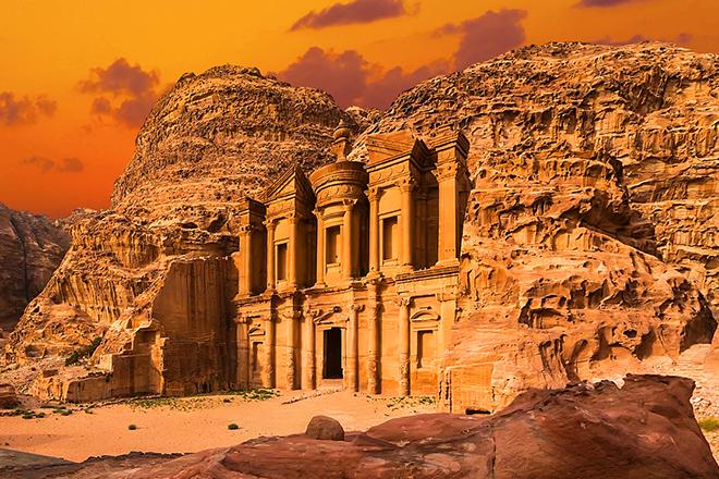 Фото №1 - Быстрый перелет, лучшие спа и другие причины поехать в Иорданию