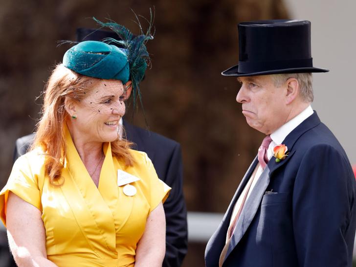 Фото №1 - Привычка жениться: действительно ли Сара Фергюсон и принц Эндрю собираются снова сыграть свадьбу