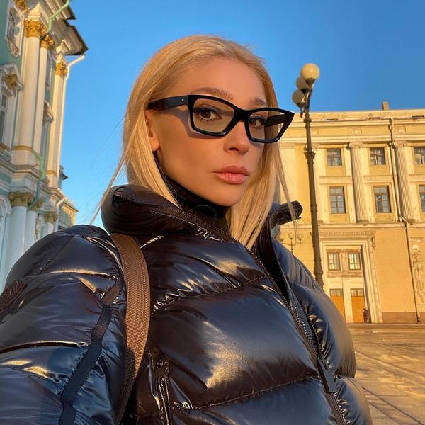 Фото №1 - Сюрприз! Настя Ивлеева планирует запуск сразу двух YouTube-шоу