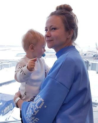 Фото №1 - Редкое фото: Мария Миронова показала годовалого сына