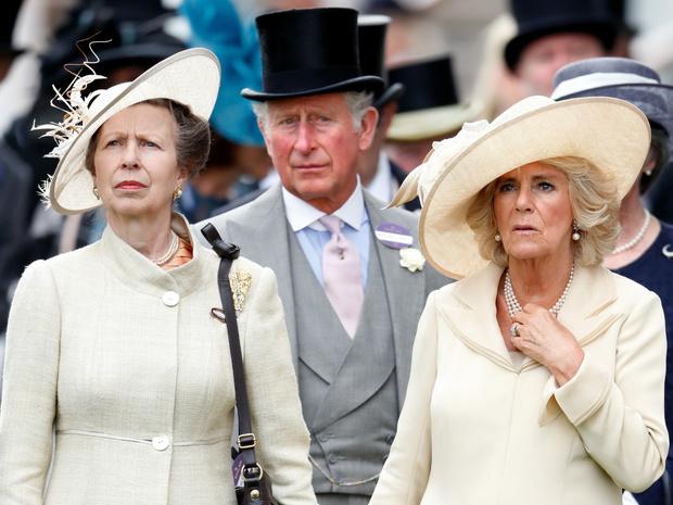 Фото №1 - Выстраданное счастье: что общего между браками принца Чарльза и принцессы Анны