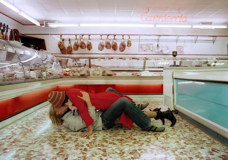 Фото №1 - Правила знакомства в супермаркете— месте, где всегда много голодных женщин