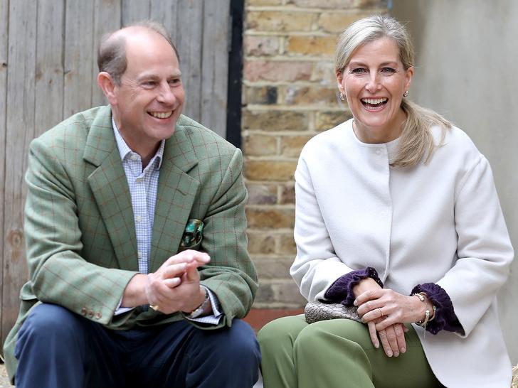 Фото №7 - Проверка чувств: королевские пары, которые не спешили жениться