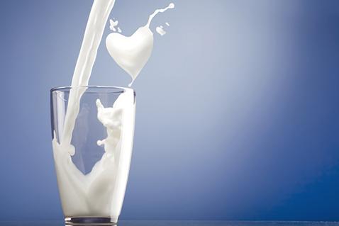 Фото №3 - Пить или не пить? 7 фактов о пользе молочных продуктов