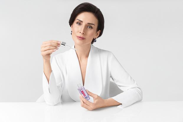 Фото №5 - L'Oréal Paris запускает новую кампанию и приглашает вас раскрыть секреты создания средств по уходу за кожей