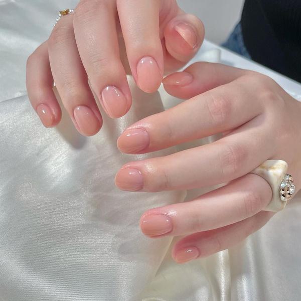 Фото №8 - Северное сияние на ногтях: трендовый маникюр из Инстаграма