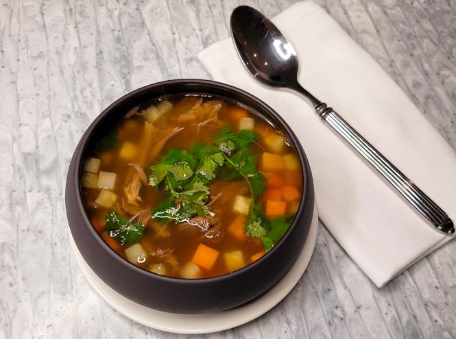 Фото №3 - Зимнее меню: 9 рецептов согревающих супов со всего мира