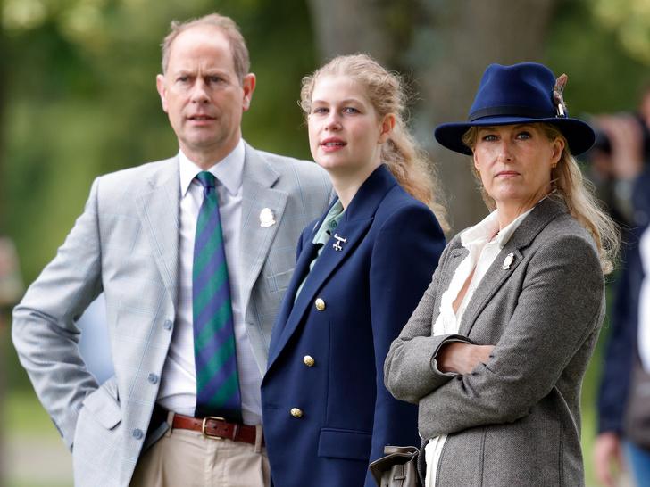 Фото №1 - Уже осенью в Британии может стать на одну принцессу больше (и «виной» тому принц Чарльз)