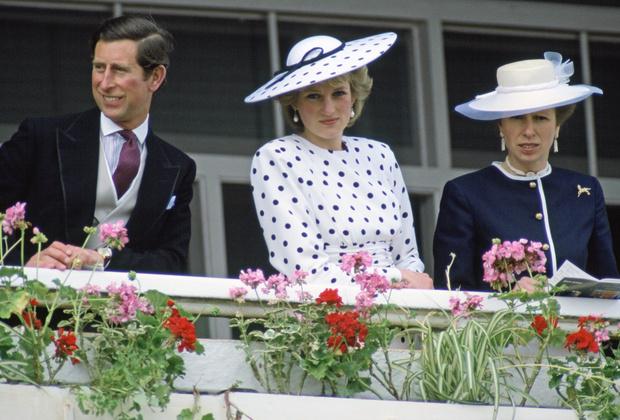 Фото №4 - Помощь брата: как принц Чарльз спас репутацию принцессы Анны от краха