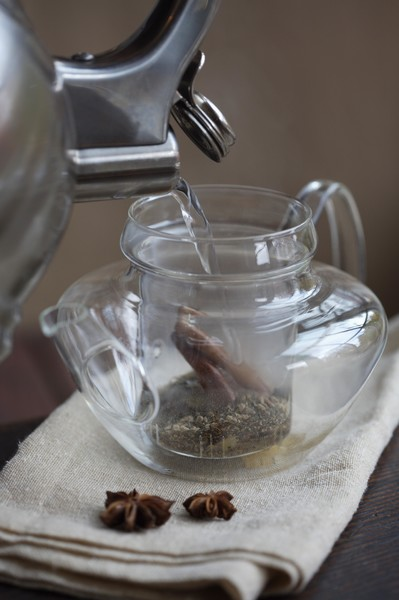 можно ли пить вчерашний чай
