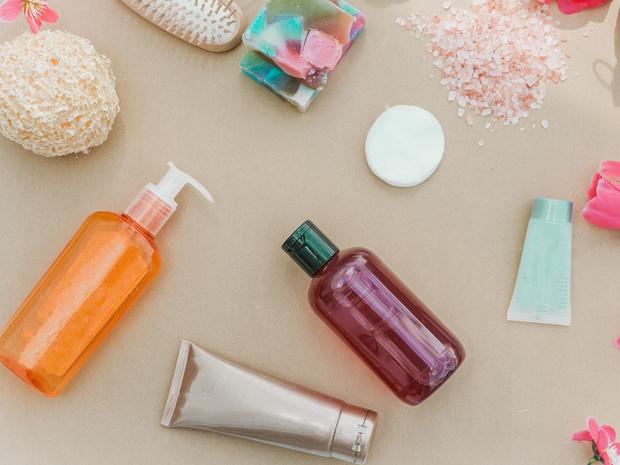 Фото №2 - Стоп-лист: самые опасные компоненты средств для волос