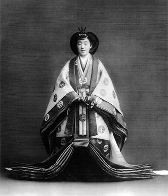 Фото №5 - «Изобилие и добродетель»: жизнь 124-го императора Японии Хирохито в 15 фотографиях