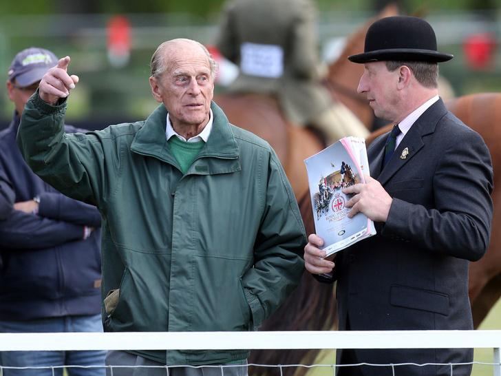 Фото №1 - Королевские причуды: самое странное увлечение принца Филиппа