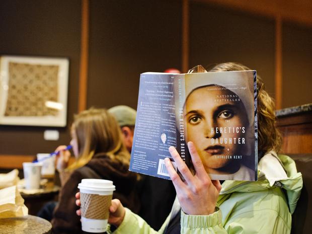 Фото №2 - Призраки пера: кто пишет автобиографии звезд и сколько на этом можно заработать