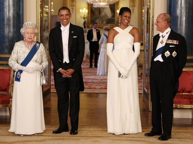 Фото №5 - Ее Бунтарское Величество: 8 раз, когда Королева нарушала протокол и меняла традиции