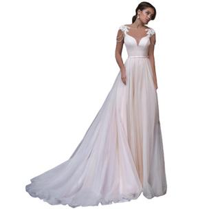 Фото №11 - Выбери свадебное платье, и мы скажем, каким будет твой брак [тест]