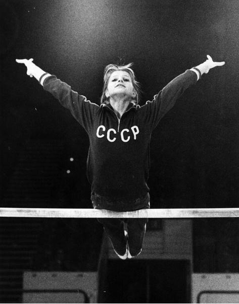 Фото №2 - Петля на собственной шее: как великая советская гимнастка Ольга Корбут отреклась от тренера, страны и своих олимпийских побед