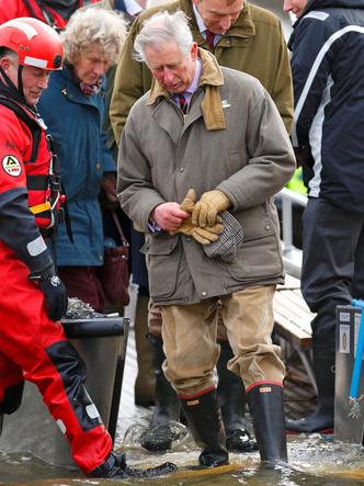 Фото №7 - Любимый бренд королевской семьи: как Виндзоры носят резиновые сапоги Hunter