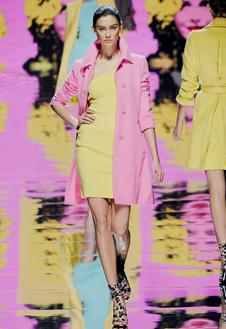 Фото №18 - Неделя Моды в Милане радует цветом