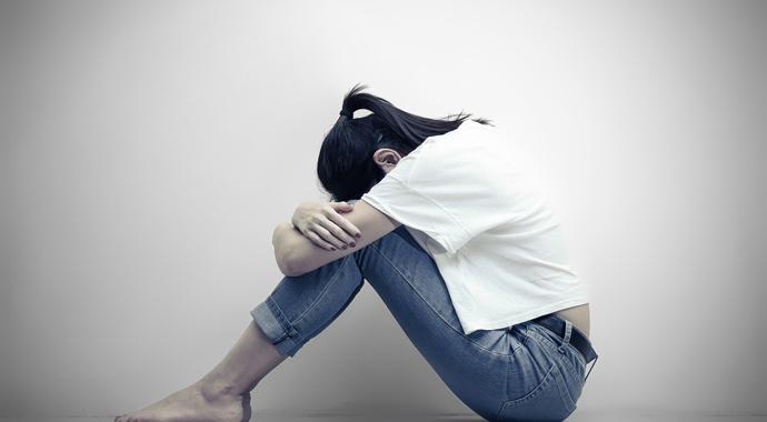 «Я плачу во время ссор»: почему так происходит и что с этим делать